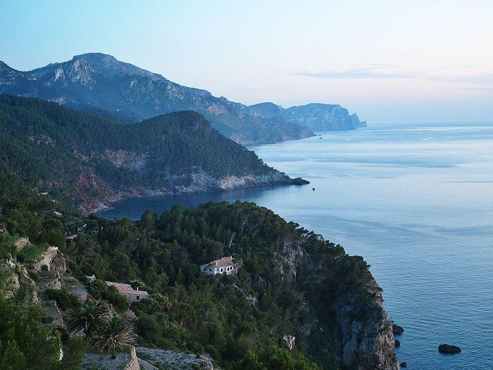 Mallorca-Torre-del-Verger-Aussichtspunkt-Berge-Meer