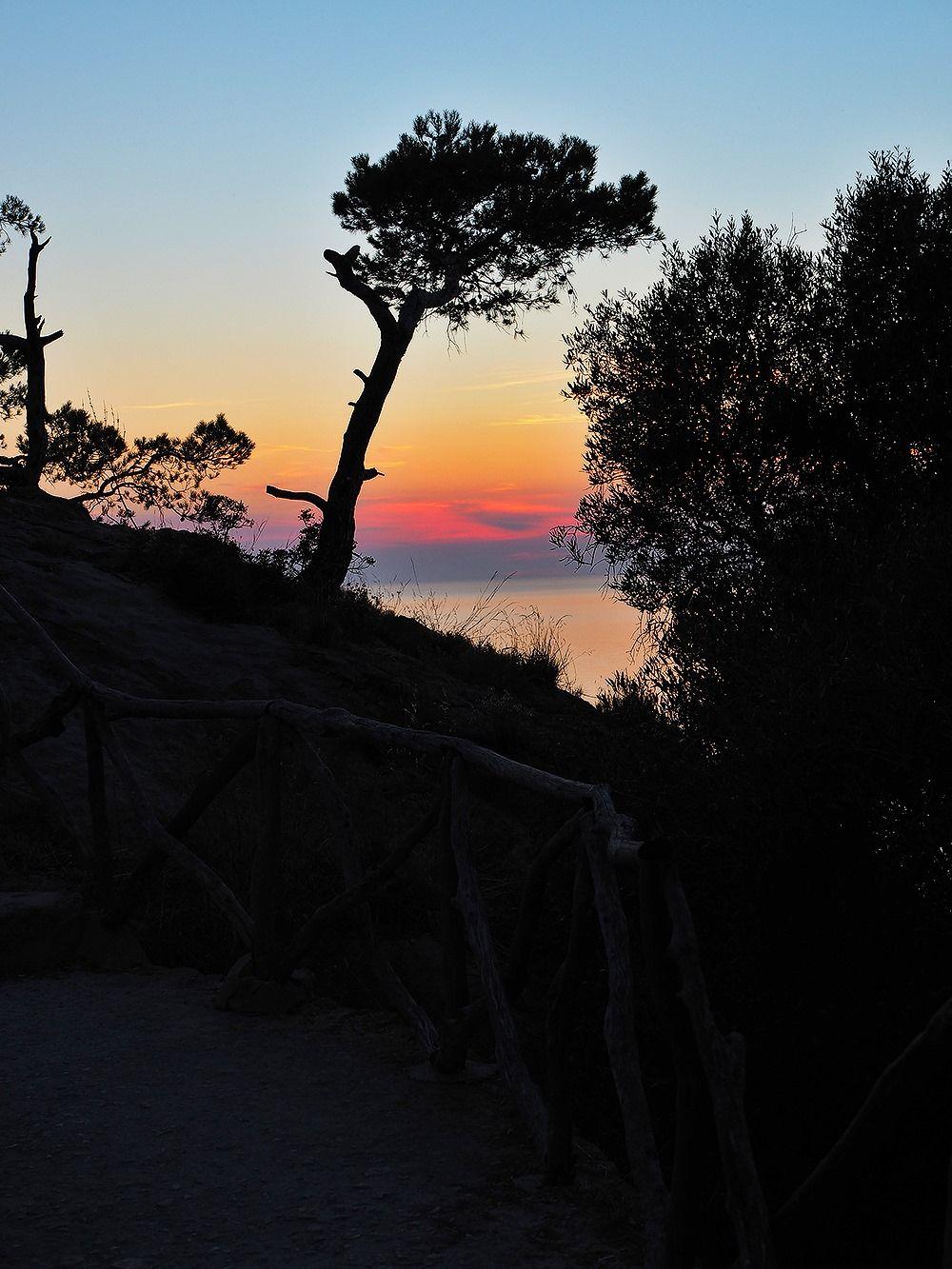 Mallorca-Torre-del-Verger-Aussichtspunkt-Sonnenuntergang-Meer-2