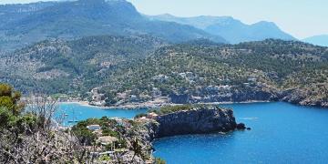Mallorca-Port-de-Soller-Torre-Picada-Wanderung-Ausblick-Far-del-Cap-Gros-Meer-Strand-360x180