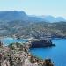 Der Blick auf Port de Sóller und den Leuchtturm Leuchtturm Far de Cap Gros