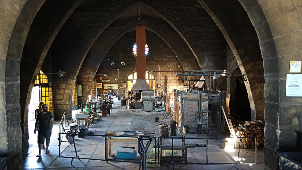 Mallorca-Glasblaeserei-La-Gordiola-Algaida-Arbeit-Werkstatt-2