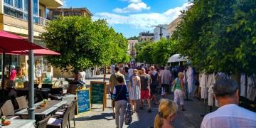 Mallorca-Arta-Wochenmarkt-Touristen-Menschen-2-360x180
