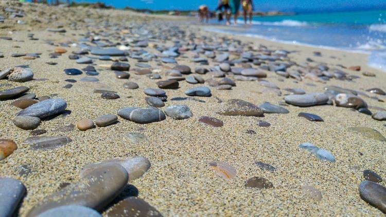 Mallorca-Strand-Son-Serra-de-Marina-Meer-Steine-750x422