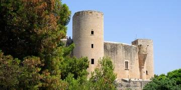 Castell-de-Bellver-Palma-Mallorca-360x180