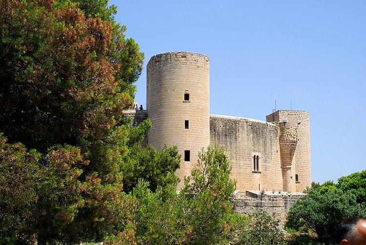 Castell de Bellver – über den Dächern von Palma