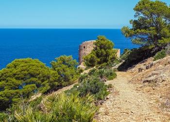 Wandern in Sant Elm zum Torre de Cala en Basset