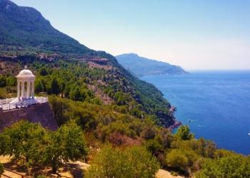 Attraktionen wie der Pavillon von San Marroig ziehen jedes Jahr Millionen Touristen nach Mallorca | Foto: Johannes Weiner/Pexels.com