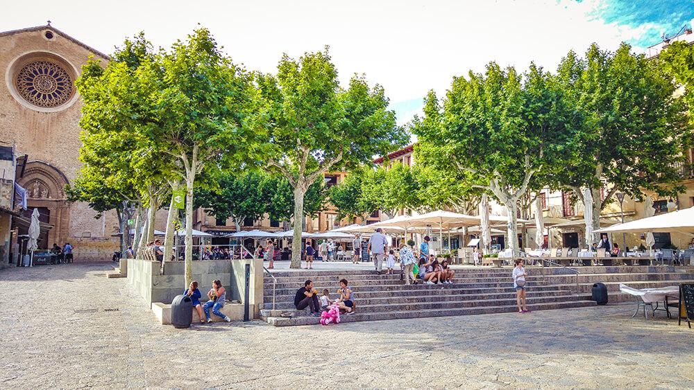 Mallorca-Pollenca-Placa-Major-Marktplatz