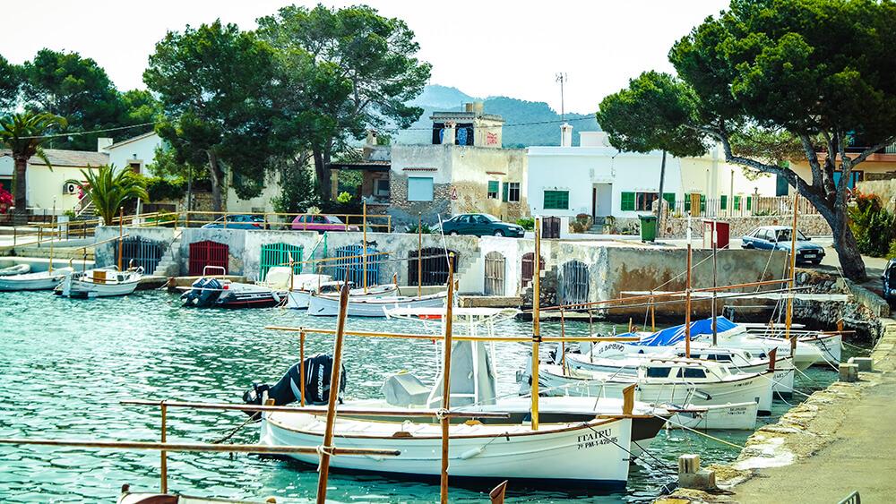 Mallorca-Portocolom-Hafen-Boote