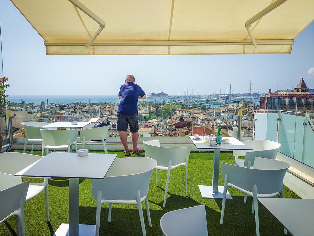 Mallorca-Palma-Sky-Bar-Hotel-Almudaina-2