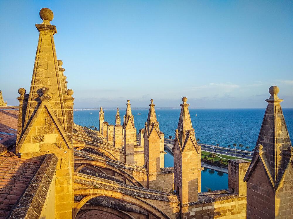 Palma-de-Mallorca-Kathedrale-La-Seu-Dach-24