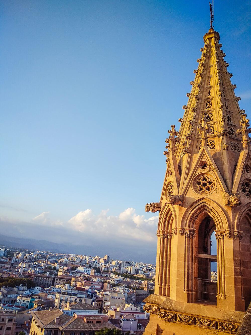 Palma-de-Mallorca-Kathedrale-La-Seu-Dach-25