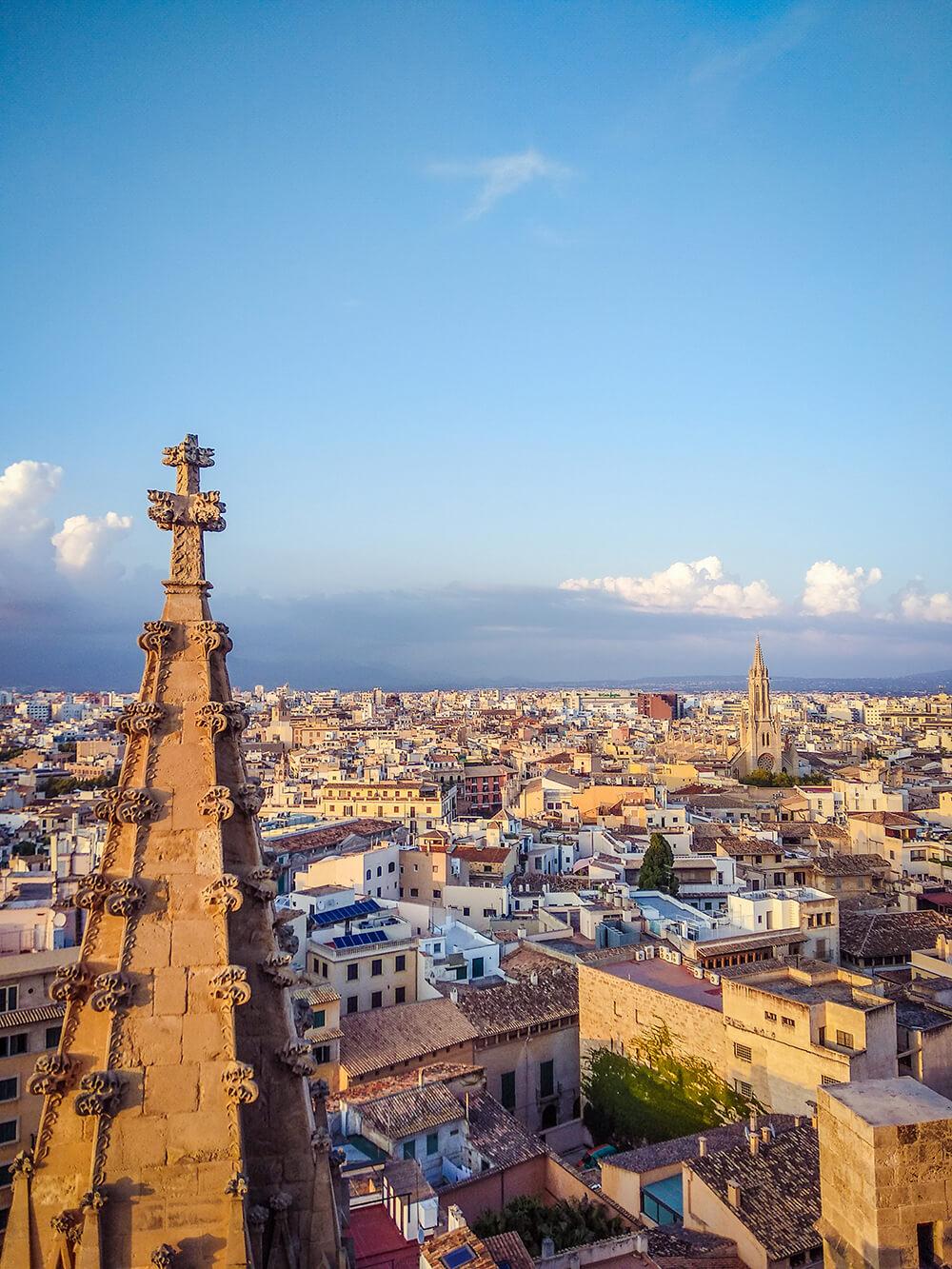 Palma-de-Mallorca-Kathedrale-La-Seu-Dach-28