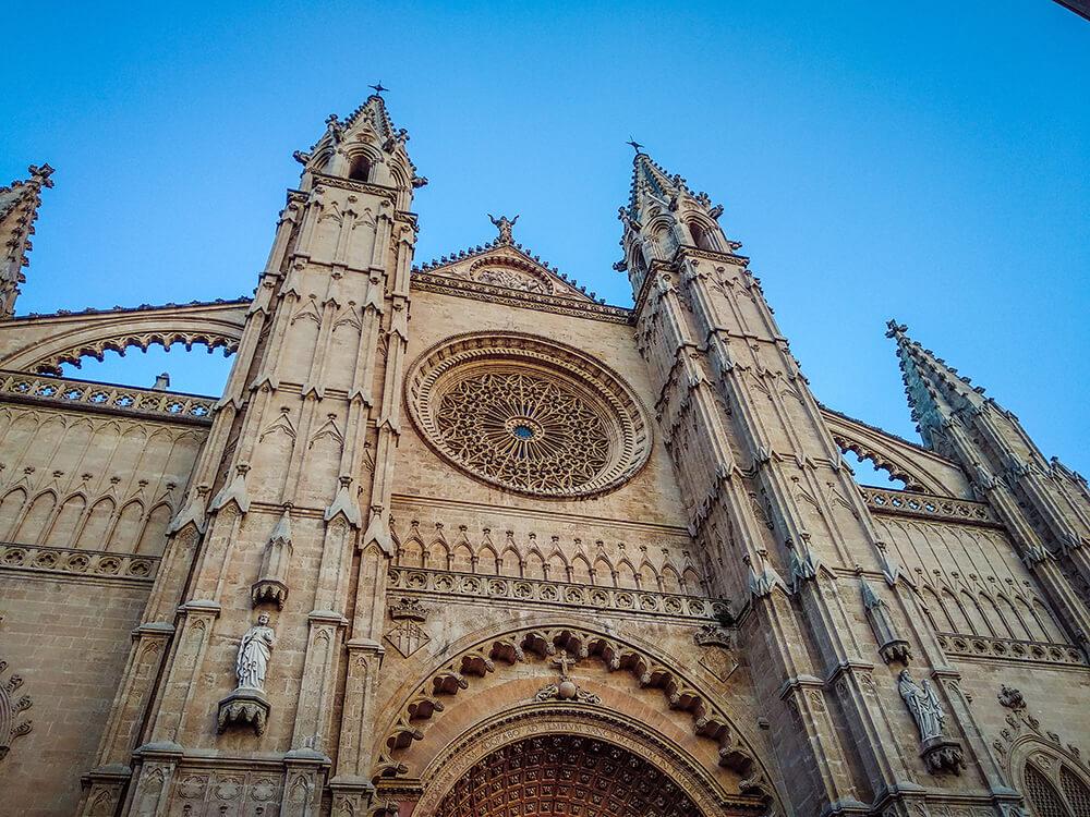 Palma-de-Mallorca-Kathedrale-La-Seu-Dach-32