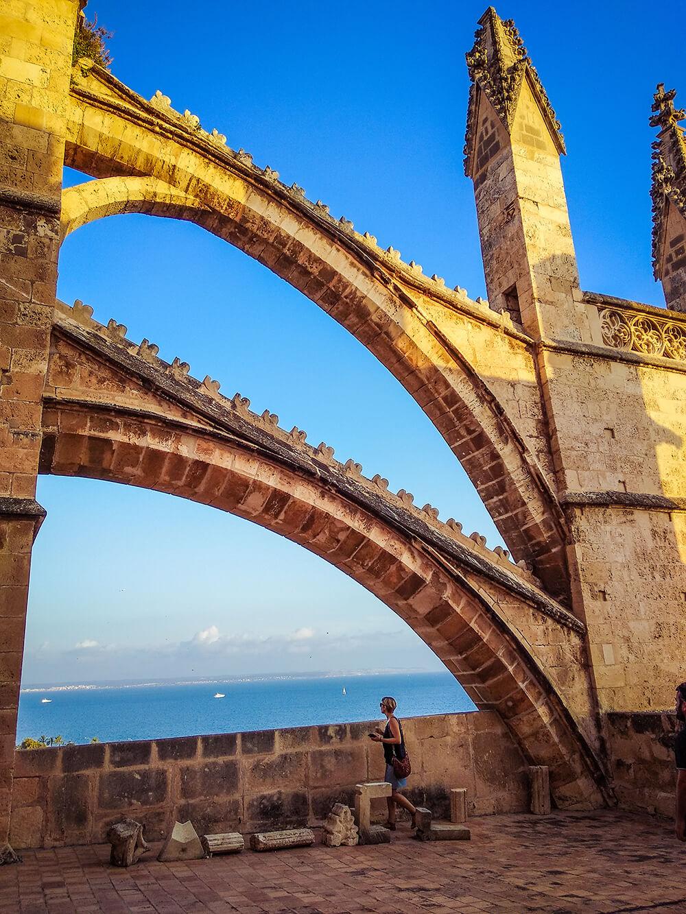 Palma-de-Mallorca-Kathedrale-La-Seu-Dach-9