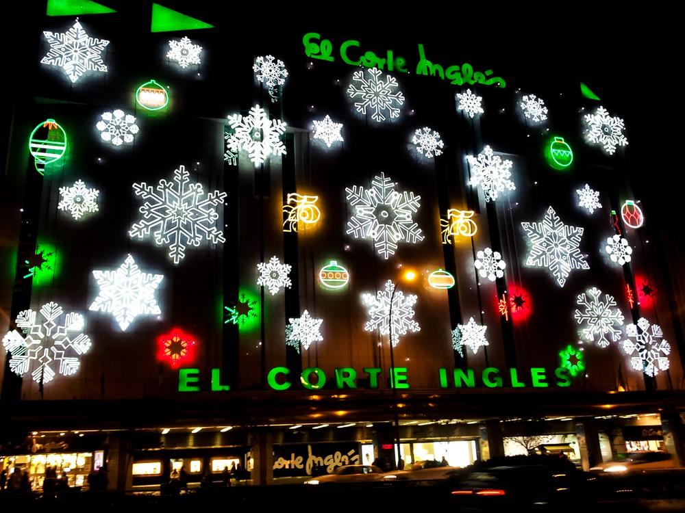 d7c0ac984 Palma de Mallorca knipst Weihnachtsbeleuchtung an   We Love Mallorca