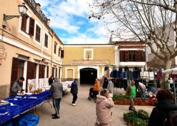Die Markthalle von Artá von außen