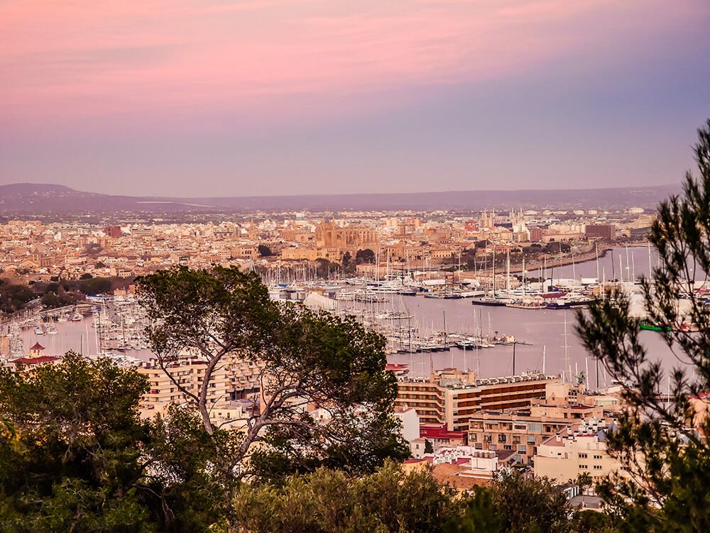 Palma-de-Mallorca-Castell-de-Bellver-Abend-Nacht-4