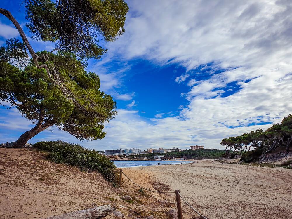 Mallorca-Cala-Ratjada-Agulla-Wanderung-Strand