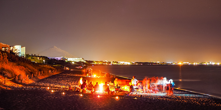Die Johannisnacht zieht viele Menschen an Mallorcas Strände