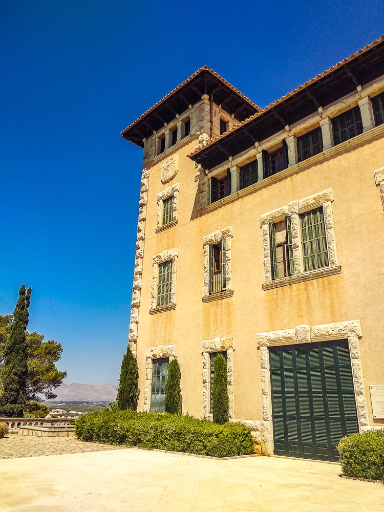 Mallorca-Cala-Ratjada-Villa-March-Anwesen-3