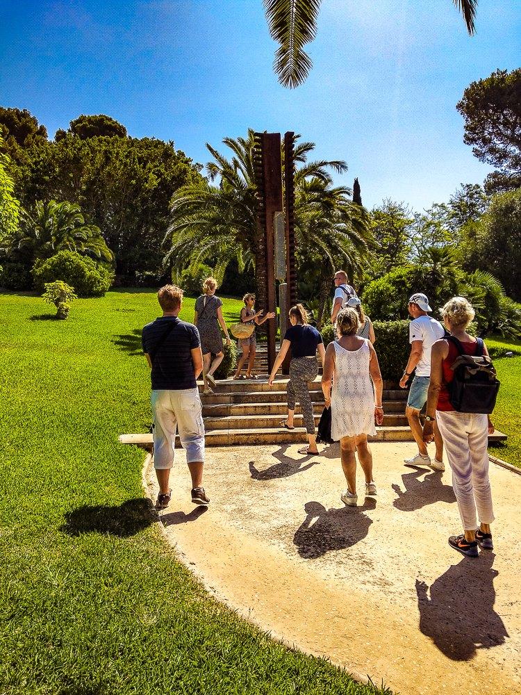 Mallorca-Cala-Ratjada-Villa-March-Park-Fuehrung