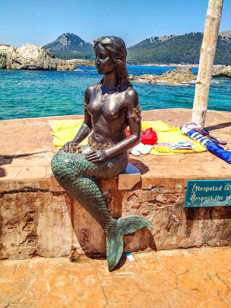 Mallorca-Cala-Ratjada-Cala-Lliteras-Strand-Bucht-Meerjungfrau