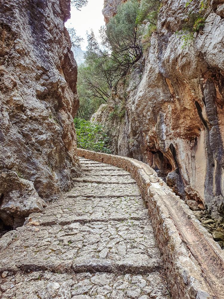 Mallorca-Wanderung-Barranc-de-Biniaraix-Tramuntana-8