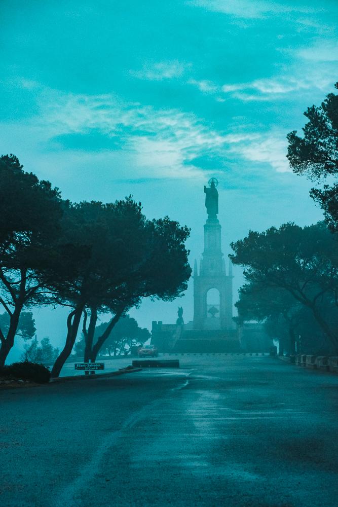 Mallorca-Santuari-de-Sant-Salvador-Sonnenaufgang-Nebel-11