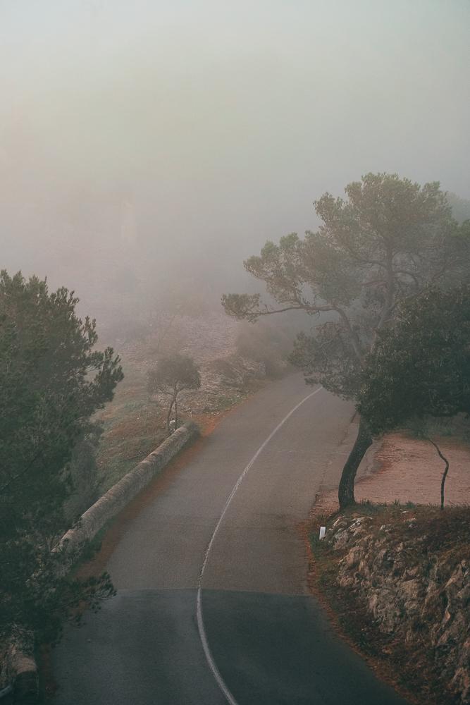 Mallorca-Santuari-de-Sant-Salvador-Sonnenaufgang-Nebel-15