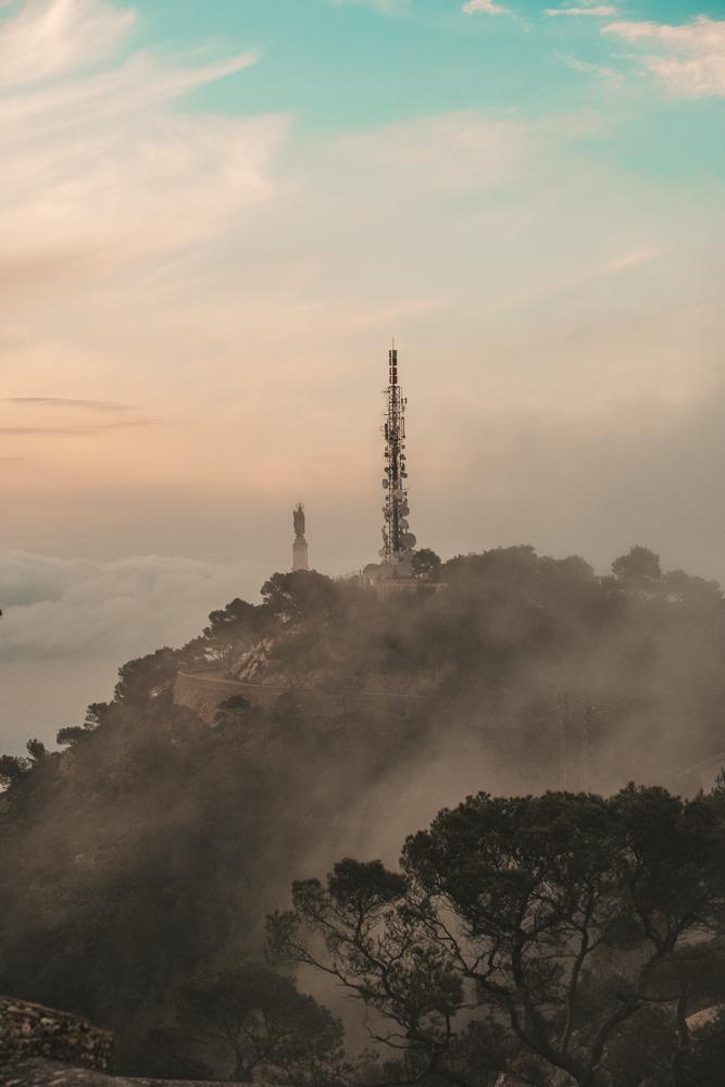 Mallorca-Santuari-de-Sant-Salvador-Sonnenaufgang-Nebel-2