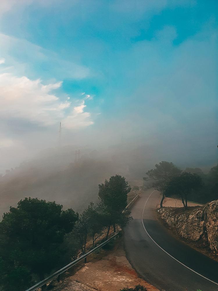 Mallorca-Santuari-de-Sant-Salvador-Sonnenaufgang-Nebel-5