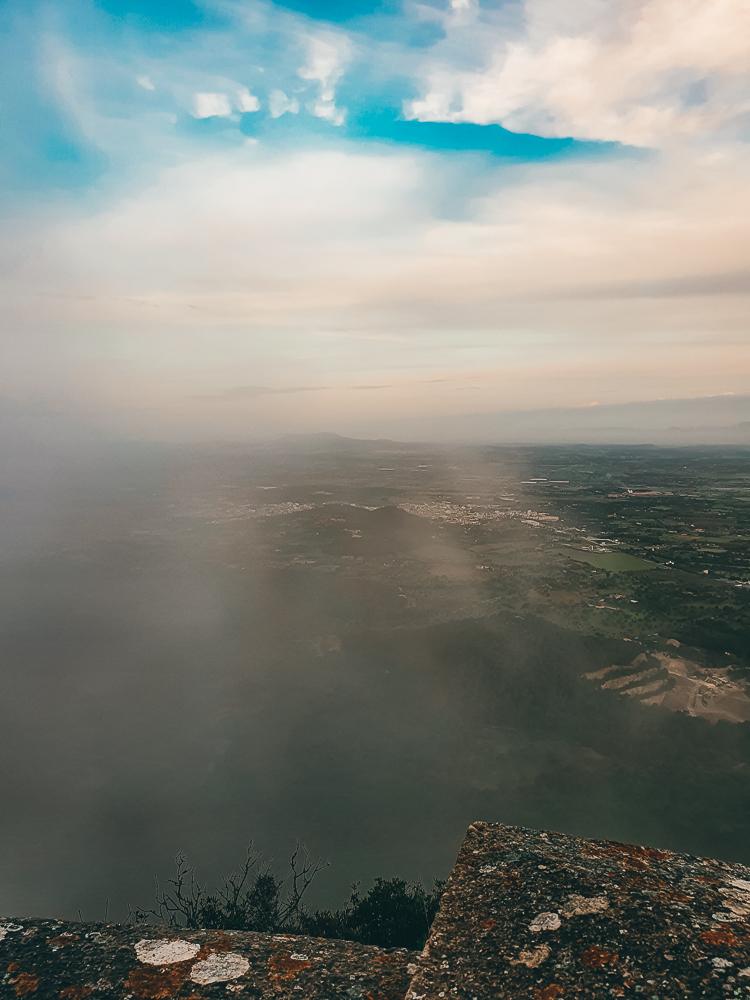 Mallorca-Santuari-de-Sant-Salvador-Sonnenaufgang-Nebel-7