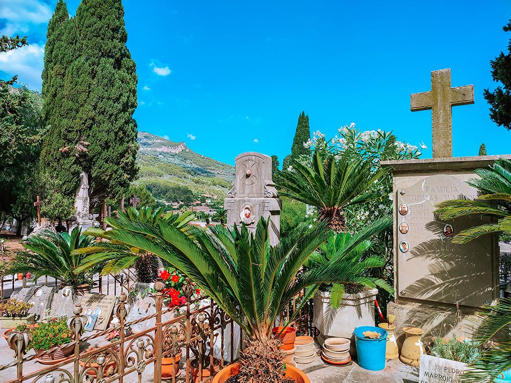 Mallorca-Friedhof-Soller-12