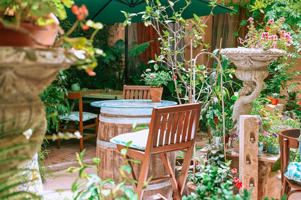 Mallorca-Palma-Vegan-Restaurant-Temple-Natura-Cafe-Garden-3