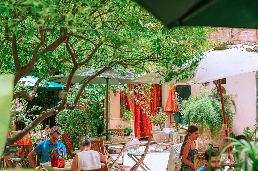 Mallorca-Palma-Vegan-Restaurant-Temple-Natura-Cafe-Garden-5